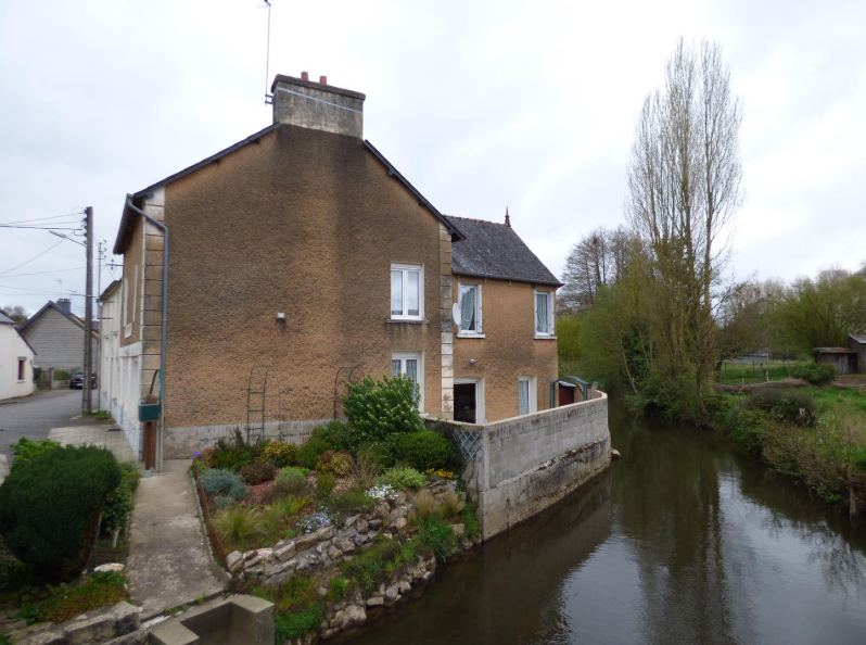 €43.9k House for Sale in France, by the River in La Trinite Porhoet, Normandy