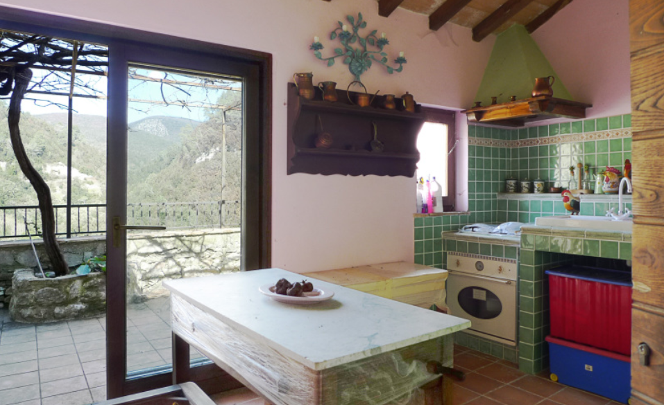 Italian Village House For Sale, Property for sale in Italy, Property Up To 50k