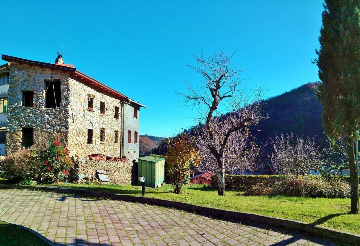Italian Stone House for Sale Valdipino