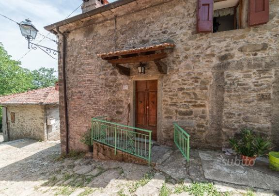 50k Castel San Niccolo Tuscany Arezzo Italian House for Sale