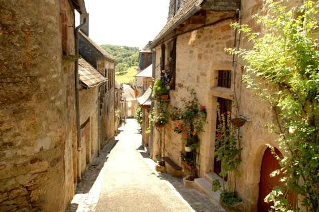 village life france #TuscanyDreams #Tuscany #italywishlist  #italy #beautyfromitaly Holiday home in France, Property for sale in France, Property under 50000 in France, Gites in France, brexit